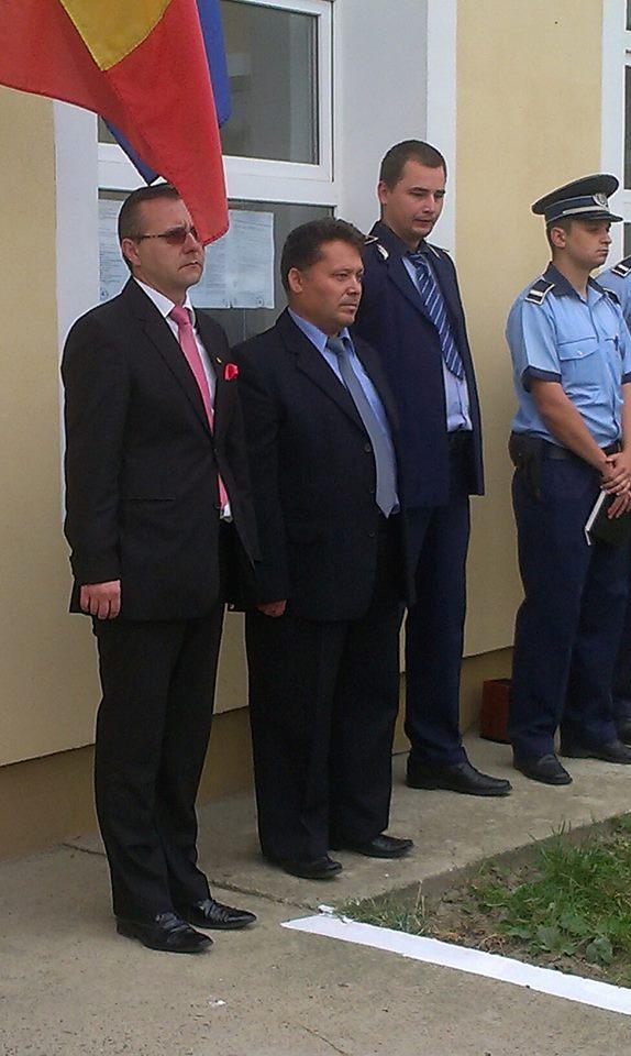 Primarul din localitatea Dangeni chema oamenii la munca si aduce angajatori in localitate