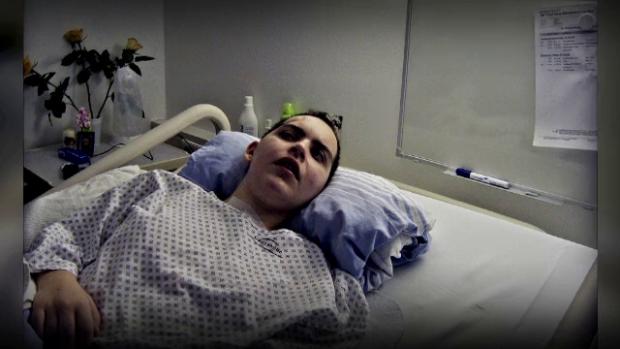 Din luna iulie, fata zace intr-un spital din Koln