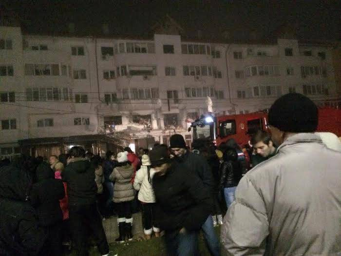 Oamenii si-au petrecut noaptea de Craciun in strada