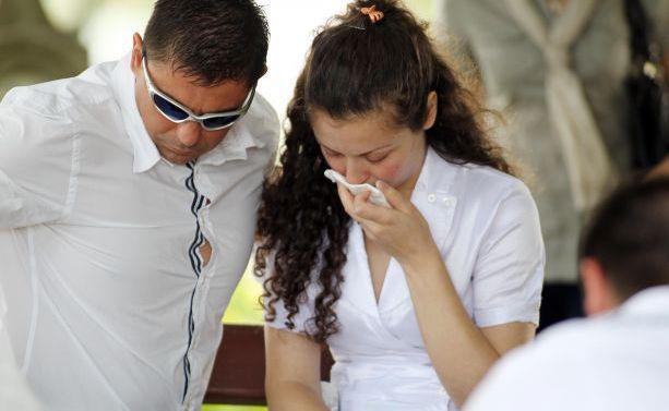 Carmen Bejan a fost invoita de cei de la Penitenciarul Arad sa participe la inmormantarea fiicei sale, Alissa