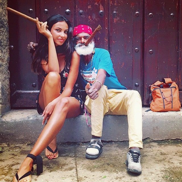 Romanca s-a distrat de minune in Cuba