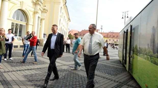 Cristian-Gheorghe Pavel si Klaus Iohannis (foto:turnulsfatului.ro)