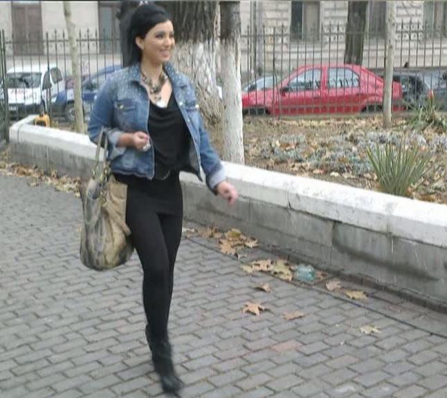 Asa arata Adriana Bahmuteanu