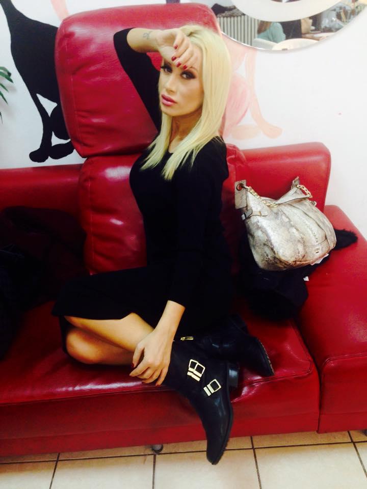 Simona Trasca a ramas fara geanta