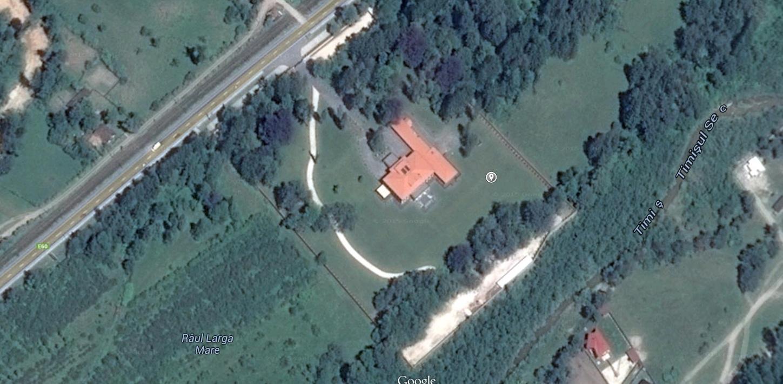 Asa se vede din satelit proprietatea lui Ioan Neculaie
