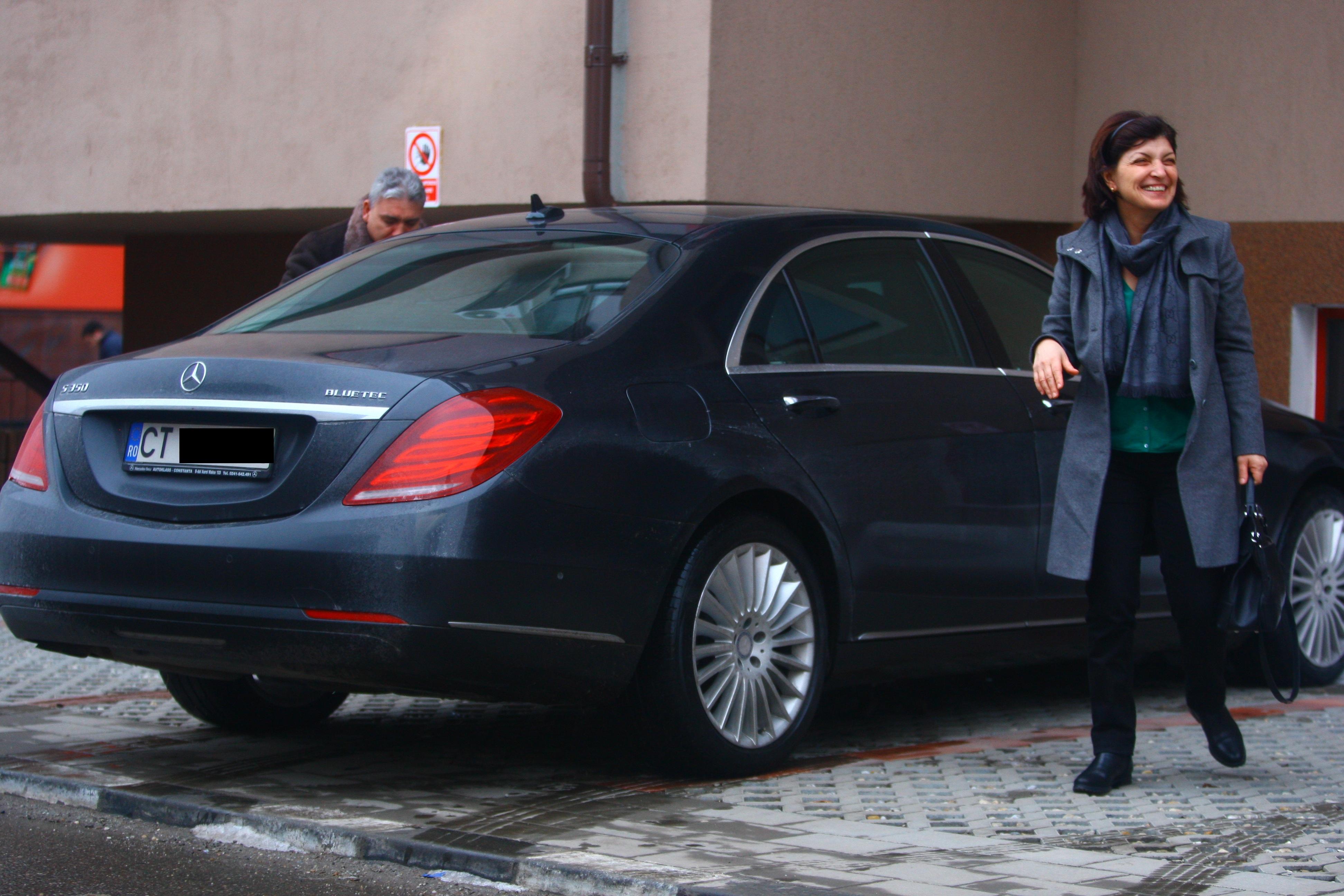 Parintii Simonei au cumparat un apartament in Bucuresti