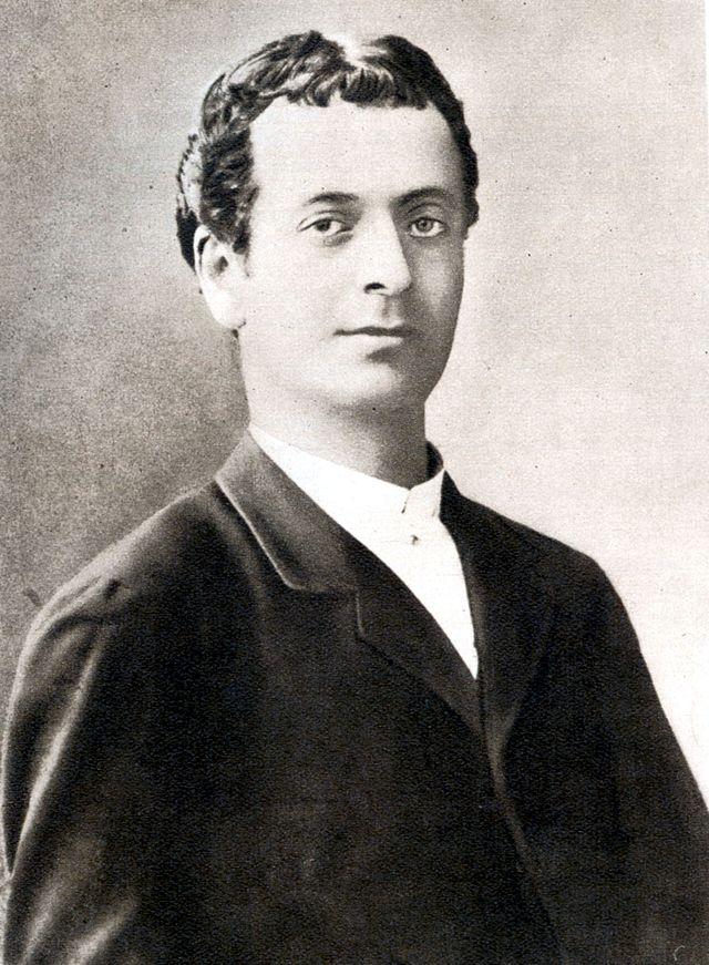 Constantin Nottara a rupt prietenia cu Ion Luca Caragiale, dupa ce a descoperit amantlacul dintre dramaturg si sotia sa