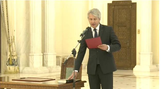 Ministrul Teodorovici la depunerea juramantului la Cotroceni