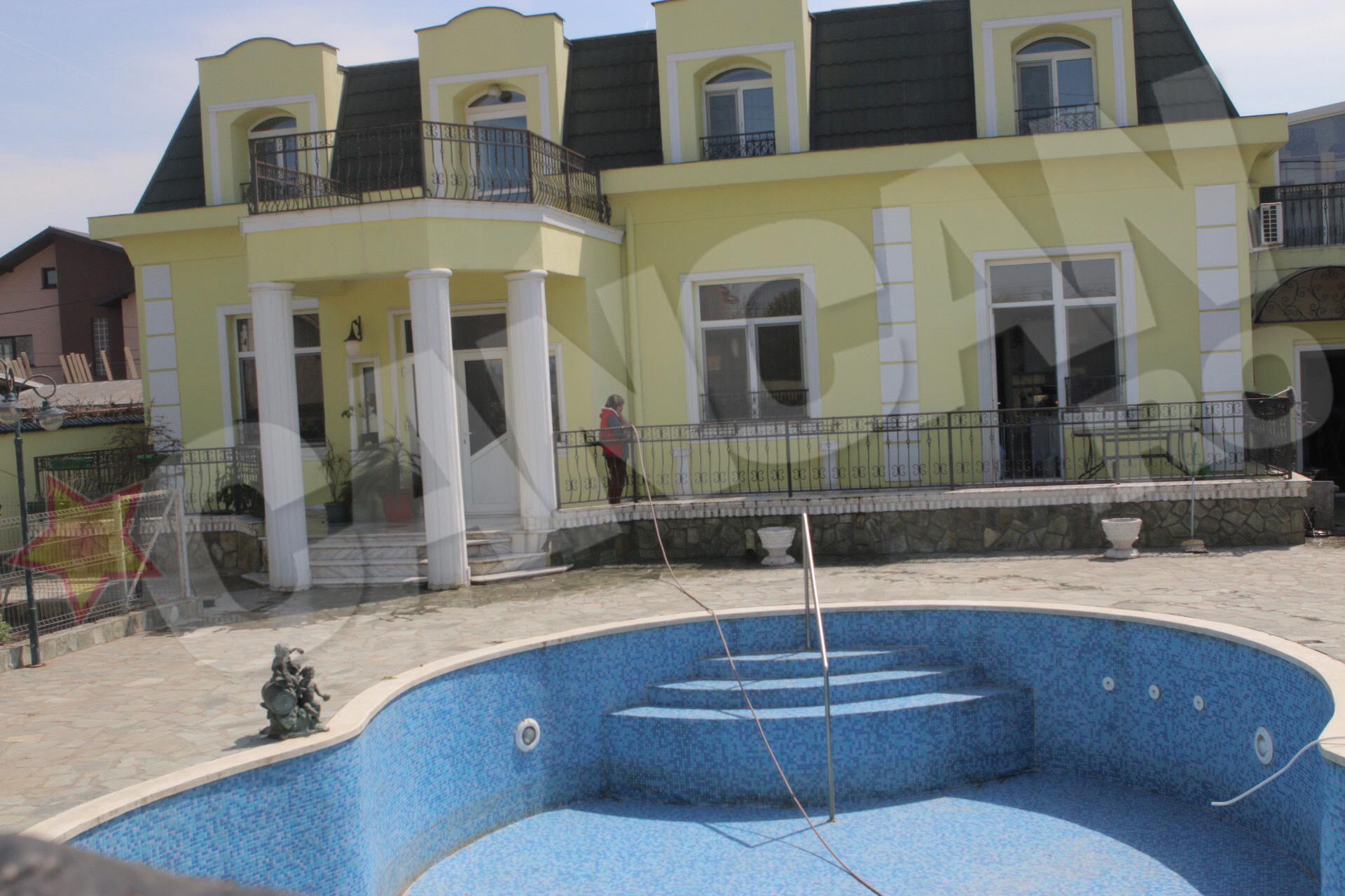 Oana Zavoranu va mosteni inclusiv vila din Afumati