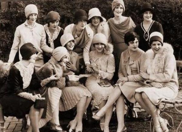 Cu toate ca in epoca erau in voga femeile cu forme, multe dintre romance erau interesate sa slabeasca
