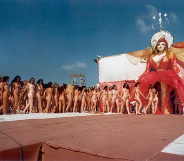 Spectacolele MISA sunt considerate de multi de-a dreptul pornografice