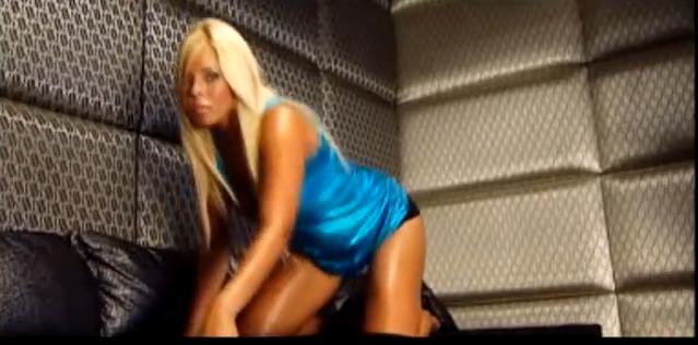 Roxana era mult mai slaba in 2008 foto: youtube.com