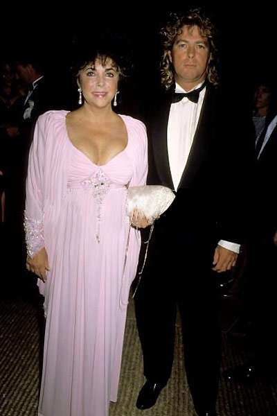 Liz Taylor si Larry Fortensky