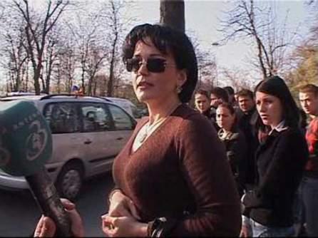 In 2008, Anamaria Strauss a lovit mortal o tanara