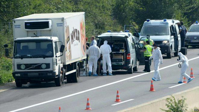 71 de imigranti, printre care si copii, au fost gasiti morti in camionul inmatriculat in Ungaria