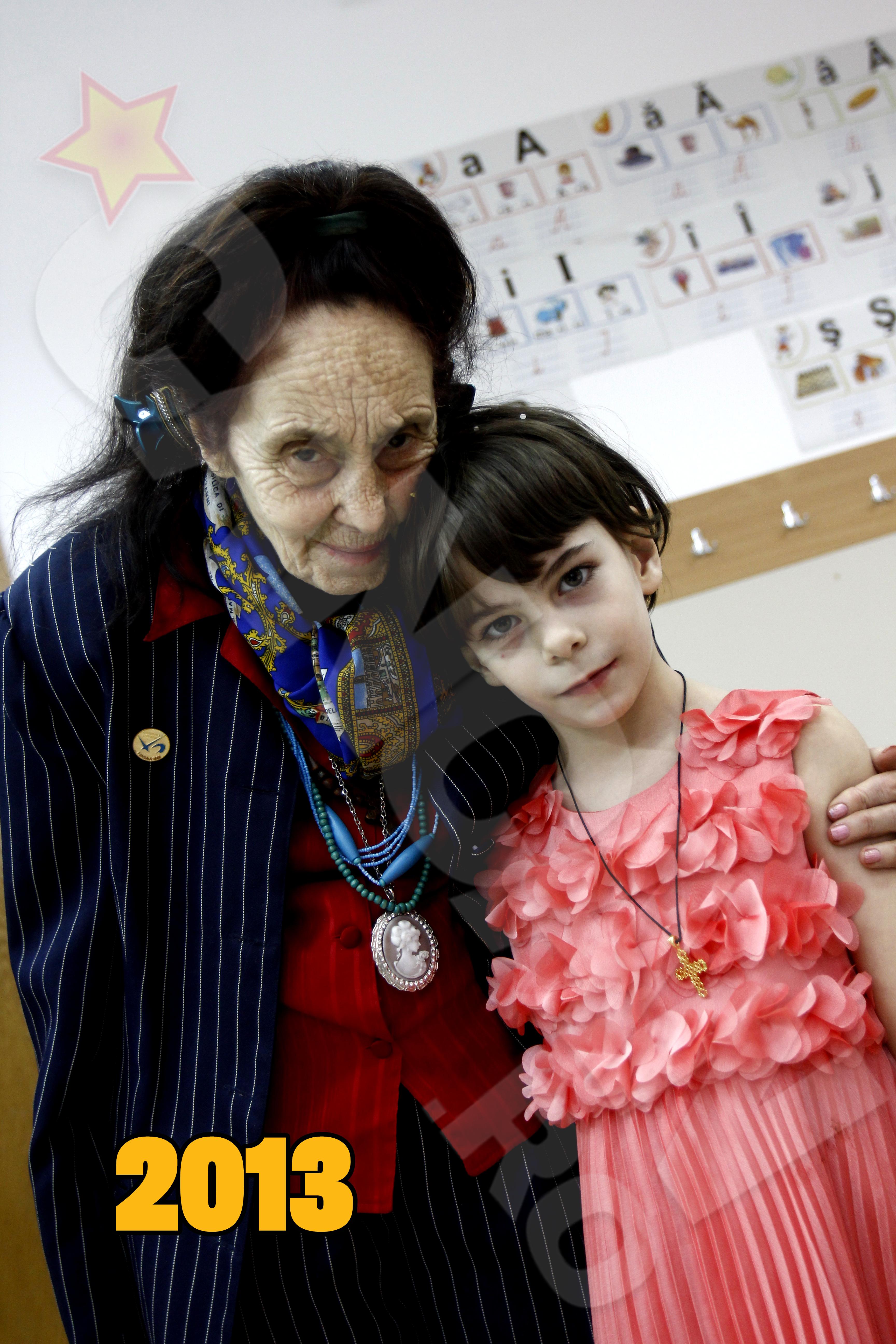 Adriana Iliescu si fiica ei