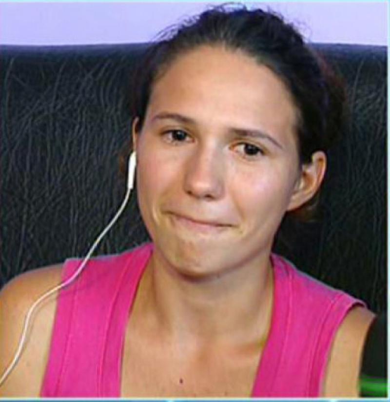 Raluca, fata care sustine ca a fost violata de sapte tineri