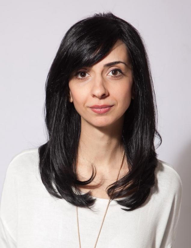 Ioana Badulescu este fiica lui Doru Laurian Badulescu, un influent om politic