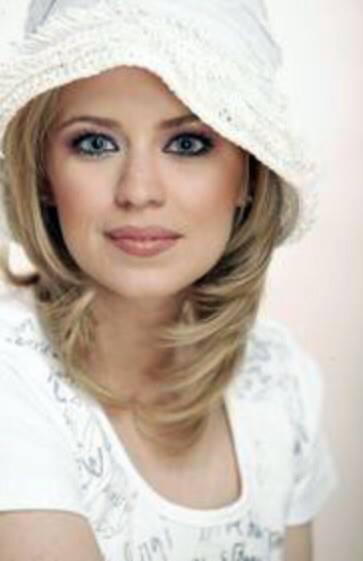 Andreea Liptak arata formidal la cativa ani dupa ce a parasit sitirile Pro TV