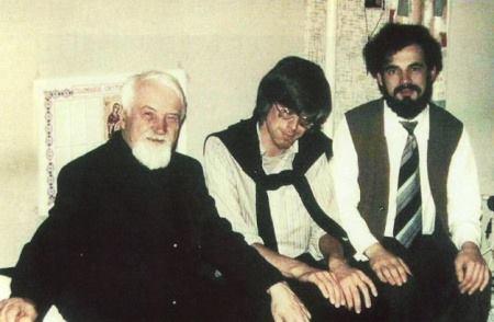 Fotografia care se speculeaza ca este Preafericitul Daniel si Gregorian Bivolaru