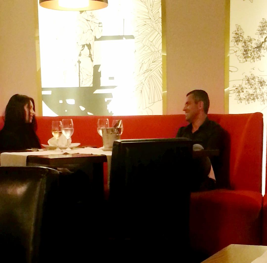 Marti seara, Bijou si Remus Truica au petrecut impreuna o seara romantica, la un restaurant de lux din Capitala