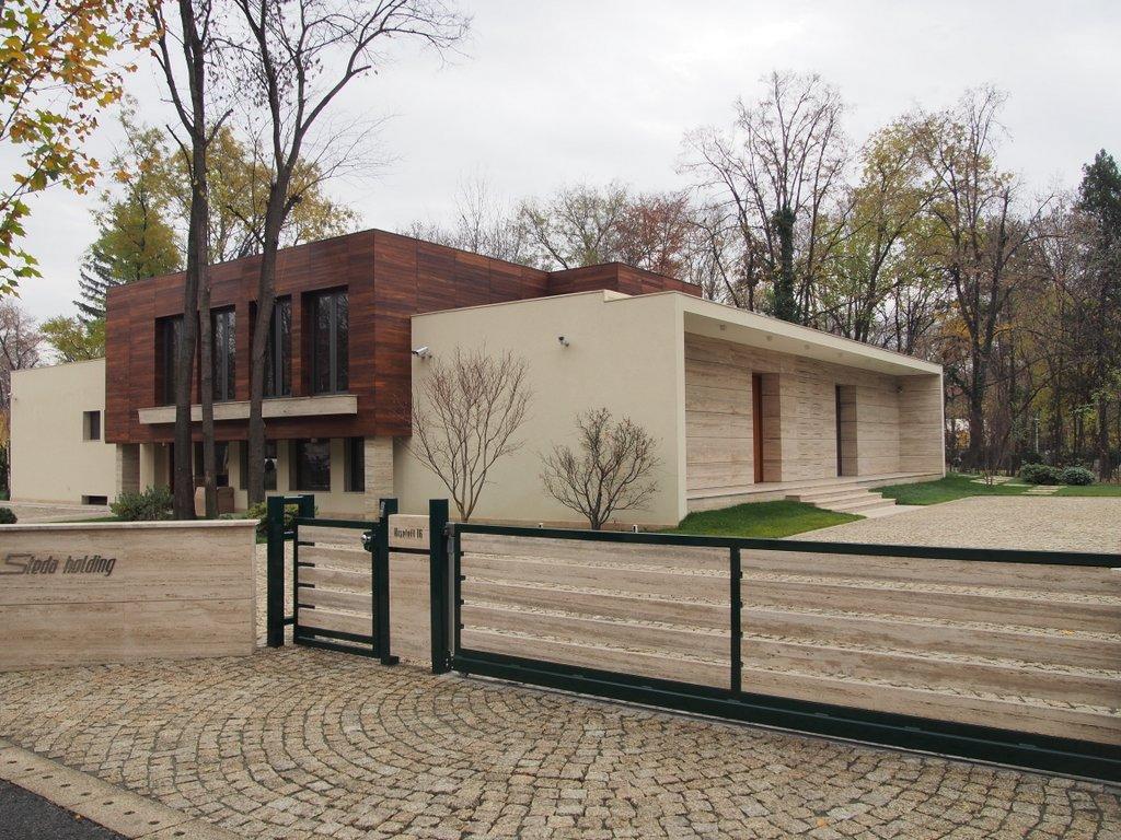 Uite cum arata proprietatea de pe Bulevardul Kiseleff pentru care Gheorghe Stelian a platit 5.000.000 de euro in 2012