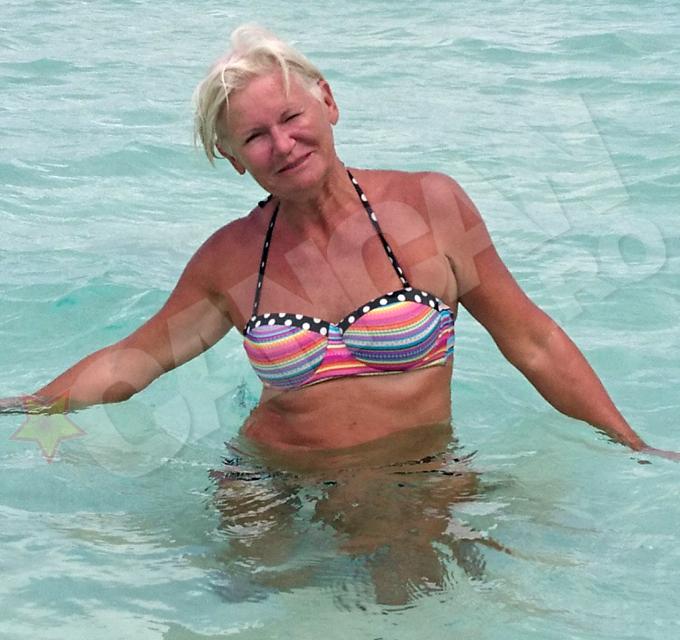 Monica Tatoiu a incercat sa fie sexy la aproape 60 de ani