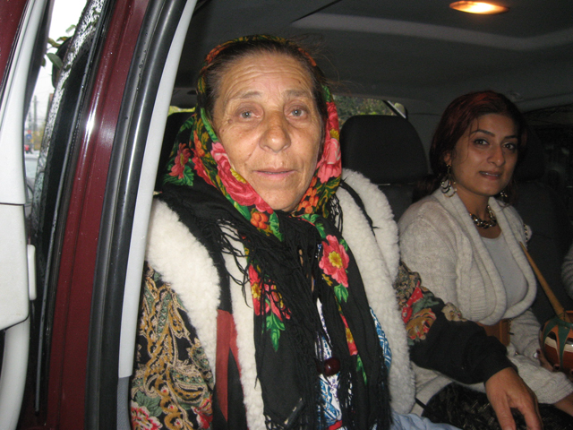 Vrajitoarea Bratara a blestemat-o pe Elena Ceausescu, dupa ce i-a ghicit