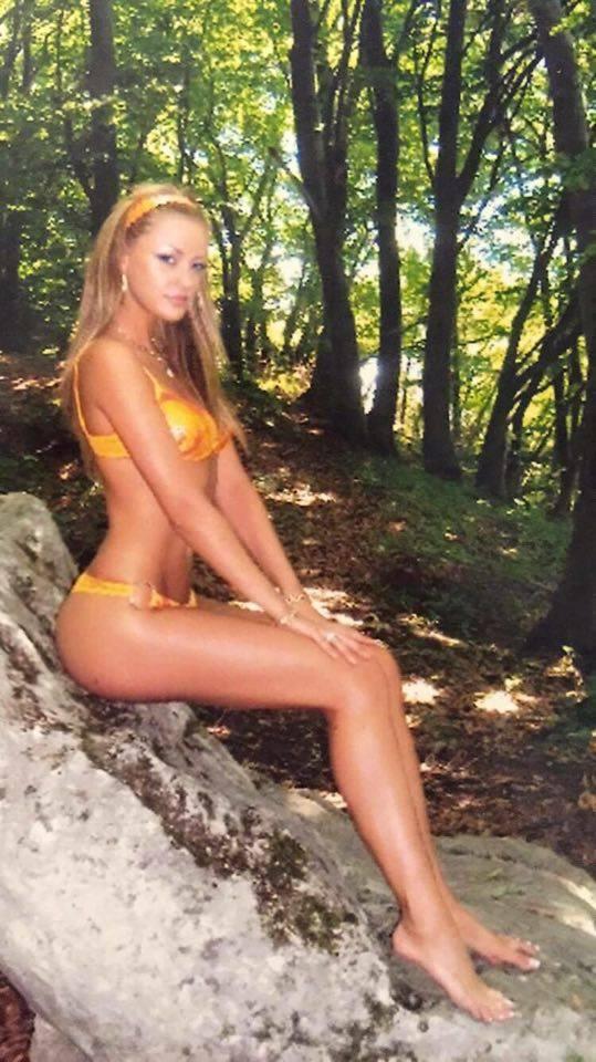 Bianca Drăguşanu arăta foarte bine la 20 de ani