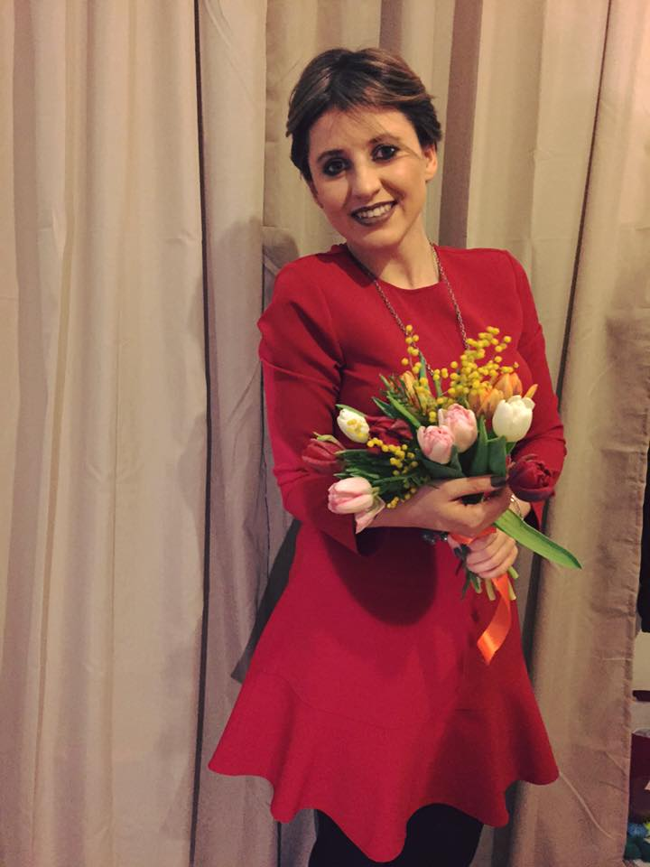 Maria este mândră că este româncă şi a dat tuturor o adevărată lecţie de patriotism.