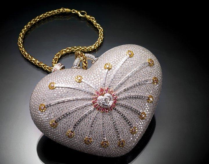 Cele mai scumpe genţi. #1 Mouawad's 1001 Nights Diamond Purse – 3,8 milioane de dolari