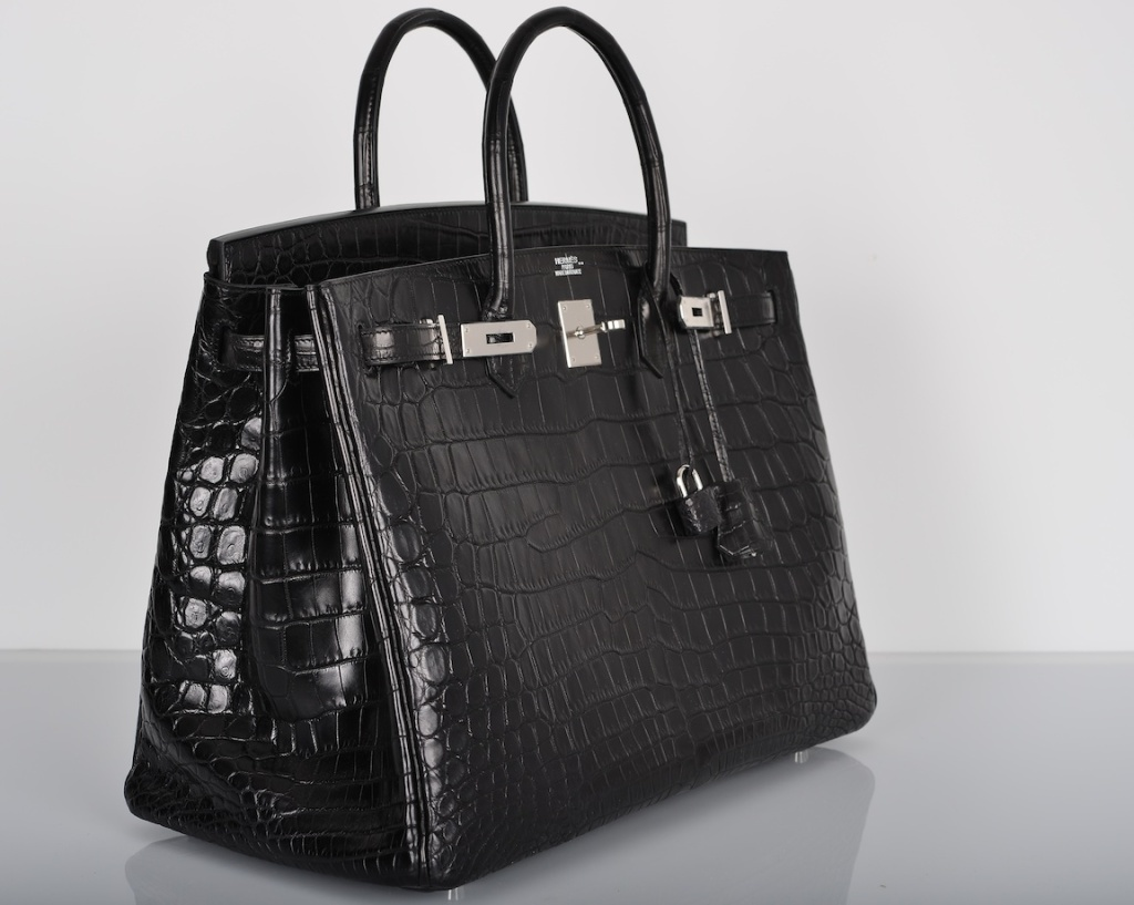 #6 Hermes Matte Crocodile Birkin Bag – 120.000 de dolari