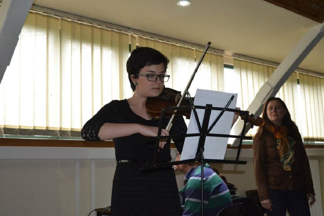 Bianca studiază acum vioara la HKU University of the Arts Utrecht