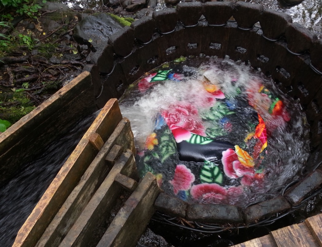 Prima maşină de spălat din lume (foto: satumare.transilvania-tv.ro)