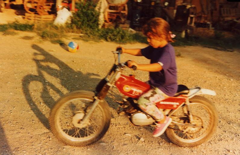 La patru ani a furat motocicleta fratelui