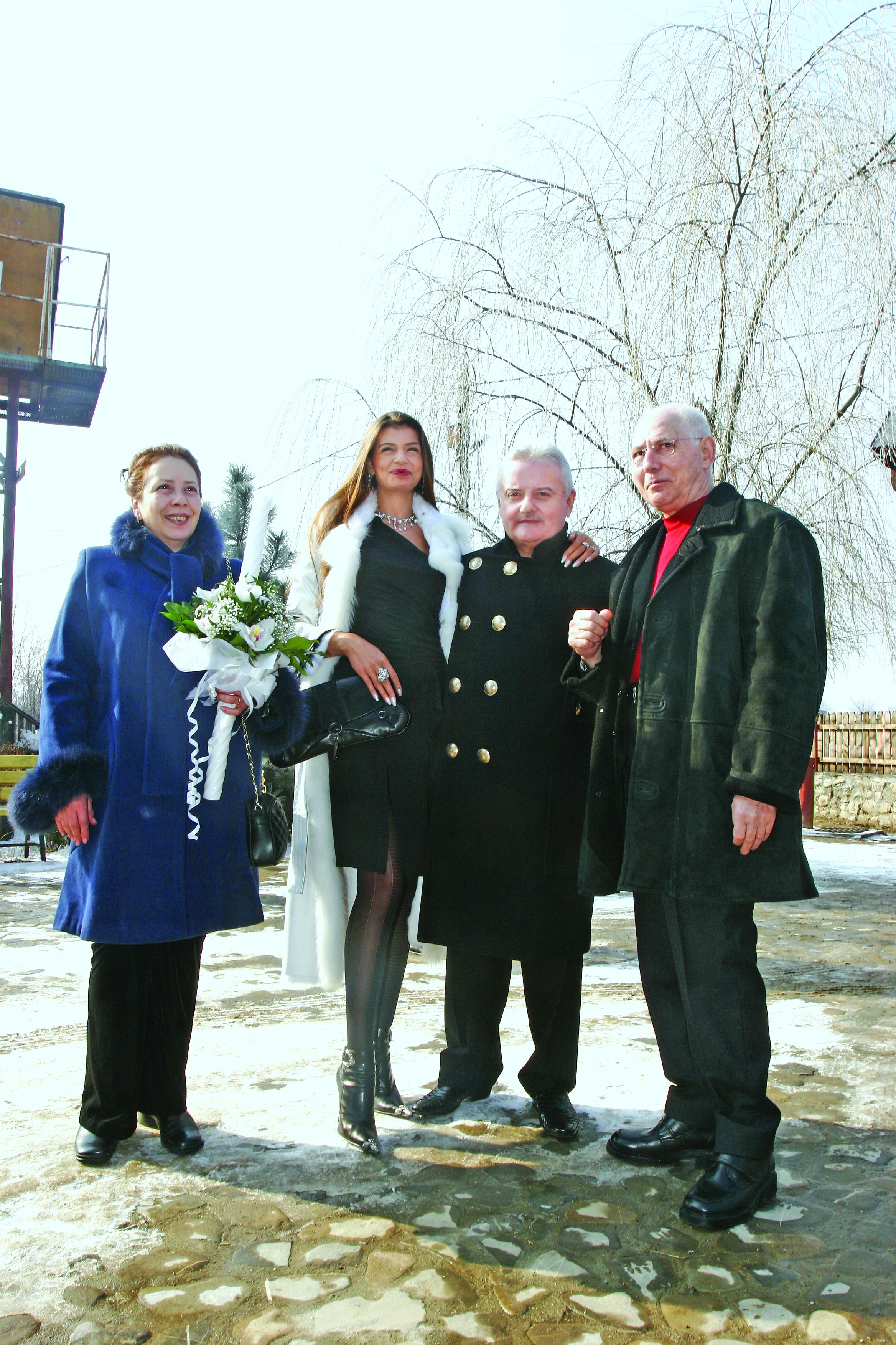 Sotii Balasa au fost in 2006 nasii de botez ortodox ai Monicai Columbeanu