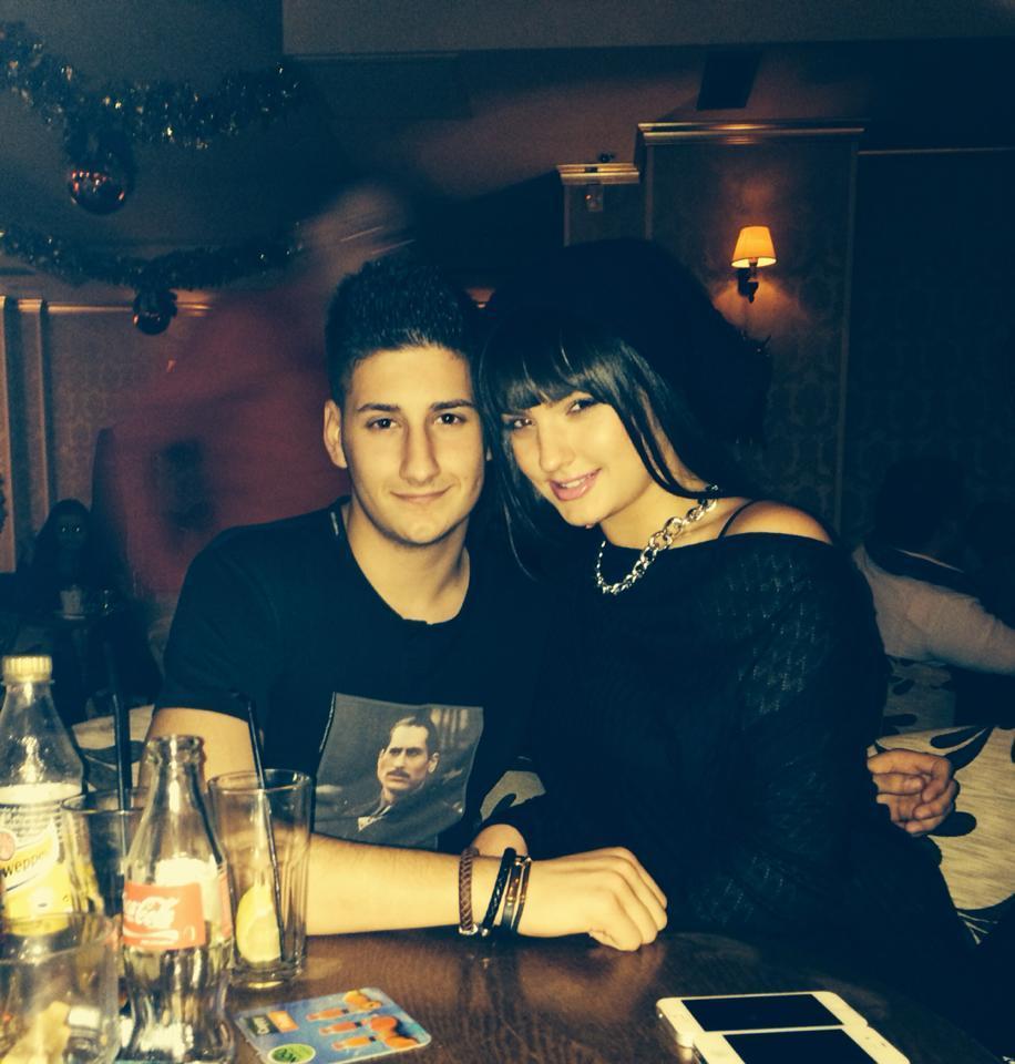 Tanarul a postat pe reteaua de socializare o poza cu frumoasa fiica a artistului Adrian Enache