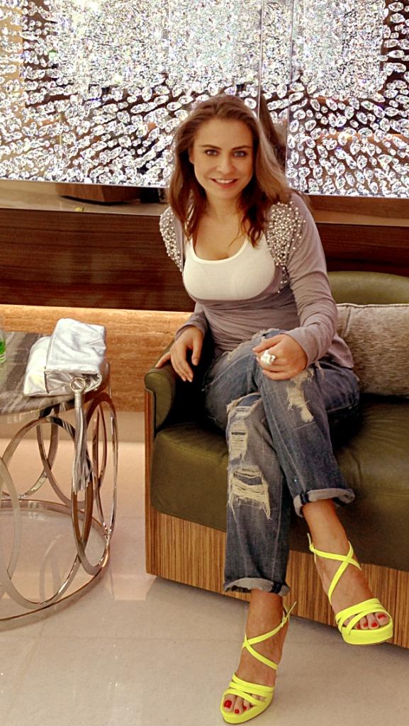 Stilistul Adina Buzatu te sfatuieste cum sa te imbraci la BAC ca sa dai bine in fata examinatorilor
