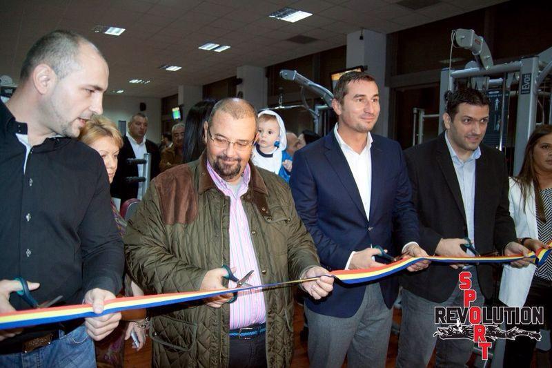 Sportivul si-a inaugurat sala, alaturi de primarul sectorului 4, Cristian popescu Piedone, acum doi ani