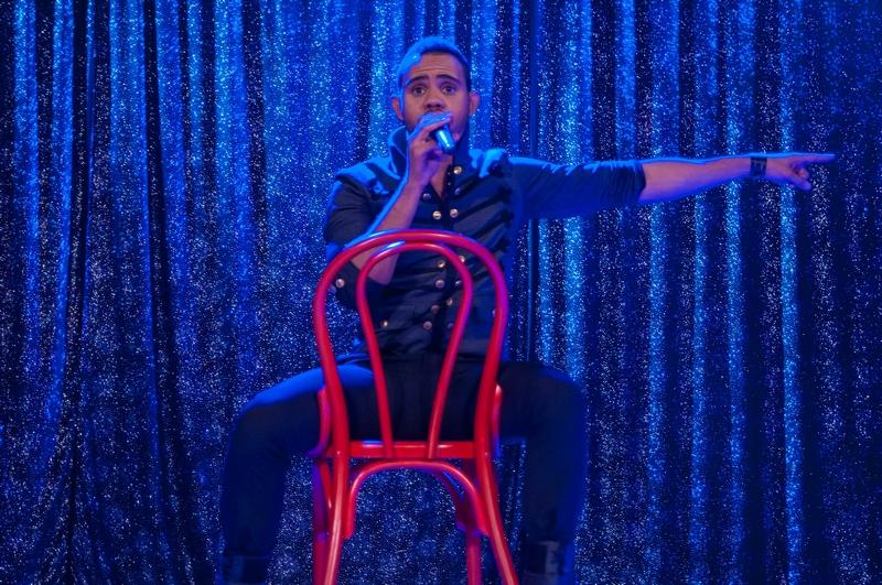 Artistul ne-a spus ca piesa cea mai buna din concurs este cea a Paulei Seling si a lui Ovi, insa e pacat ca seamana extrem de mult cu Demi Lovato - Neon Lights
