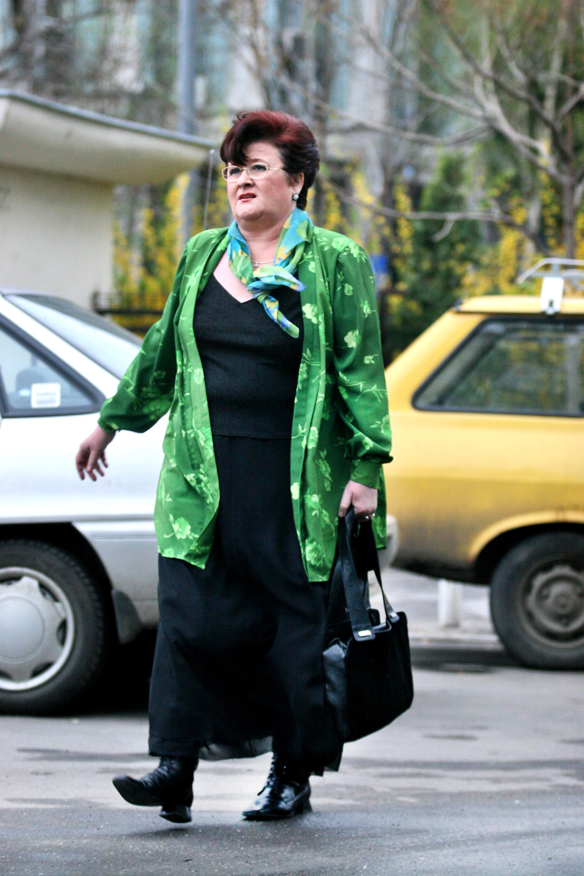 Marioara Murarescu va implini in acest an 66 de ani