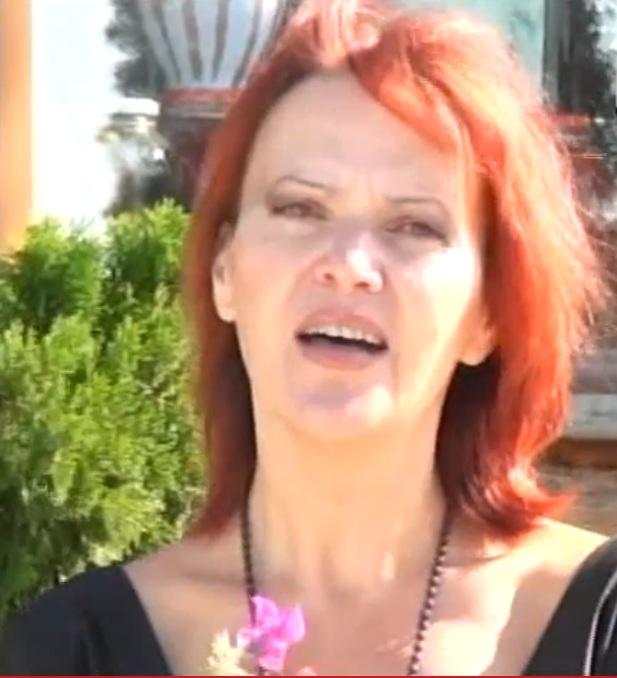 Romanca a ajuns menajera in casa unei batrane din Italia