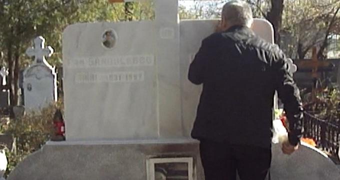 Tony Niculescu ne-a spus ca dupa slujba de la biserica cei care vor veni la parastas vor pleca spre cimitir