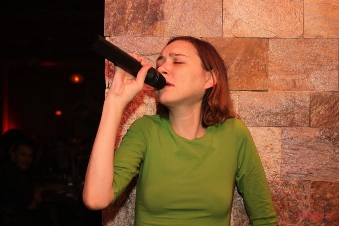 Michaela s-a lansat in emisiunea Abracadabra