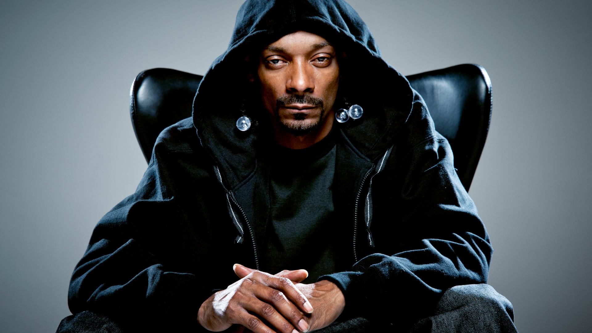 Snoop Dogg este unul dintre cei mai celebri rapperi din lume foto: fanart.tv