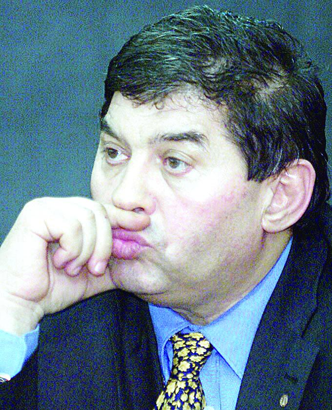 Mihail Vlasov s-a imprumutat de la camatari pentru jocuri de noroc