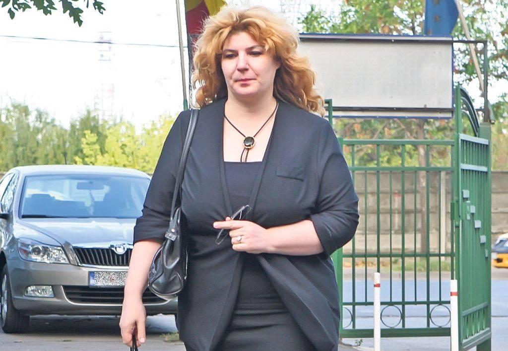 Andreea Paunescu se judeca si acum cu fratii ei pentru averea poetului