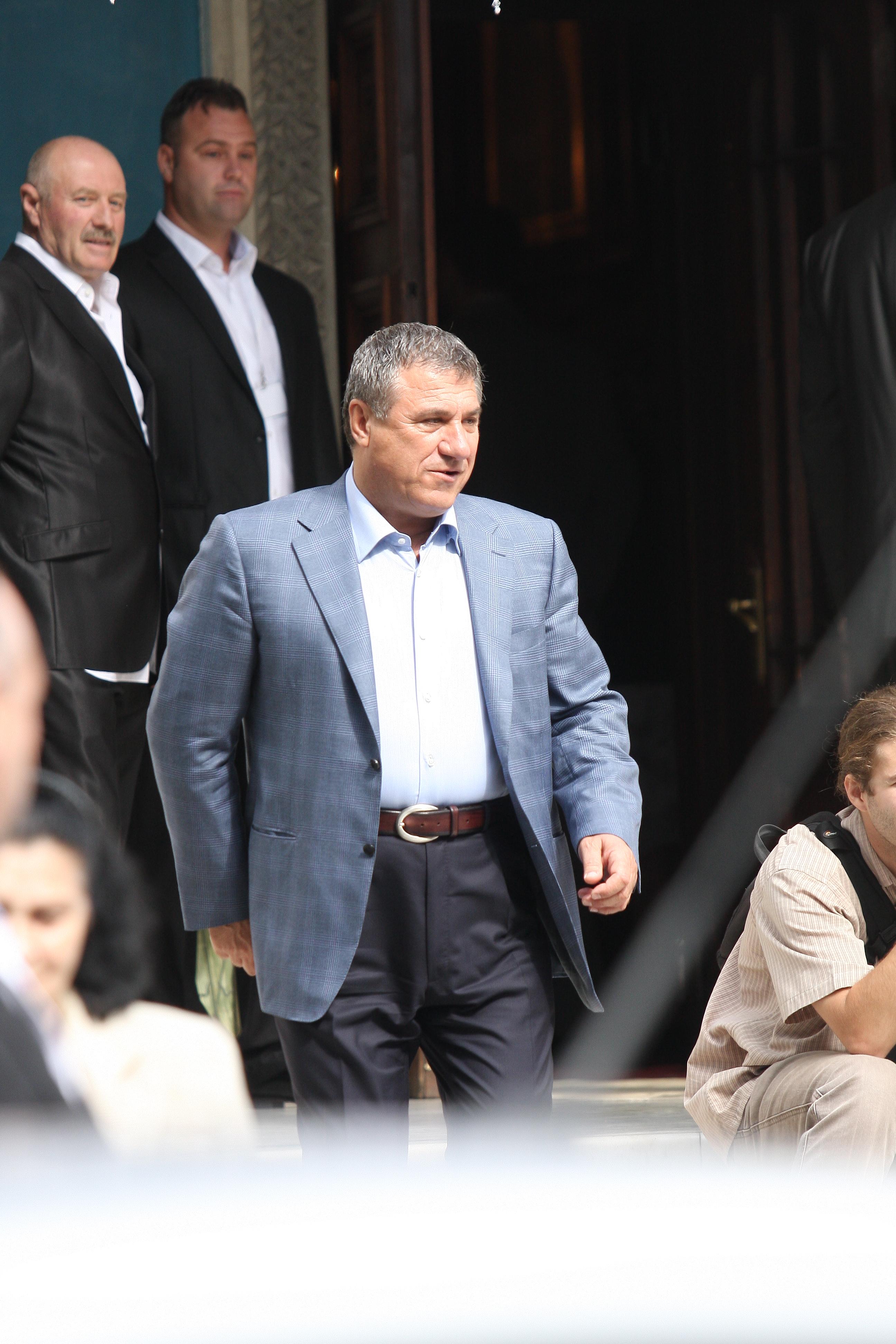 Victor Becali a primit la instanta inferioara sapte ani de inchisoare