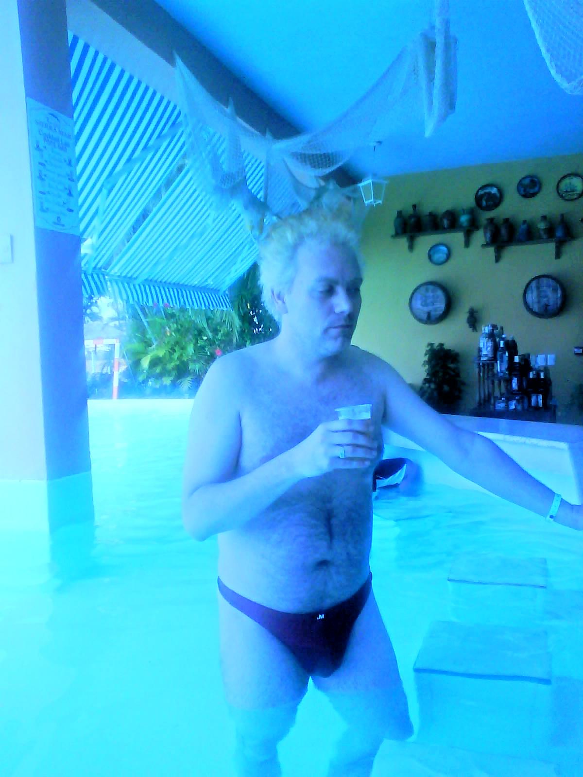 Actorul porno spune ca a facut in fiecare zi cu alta femeie cat timp si-a petrecut sejurul in Cuba
