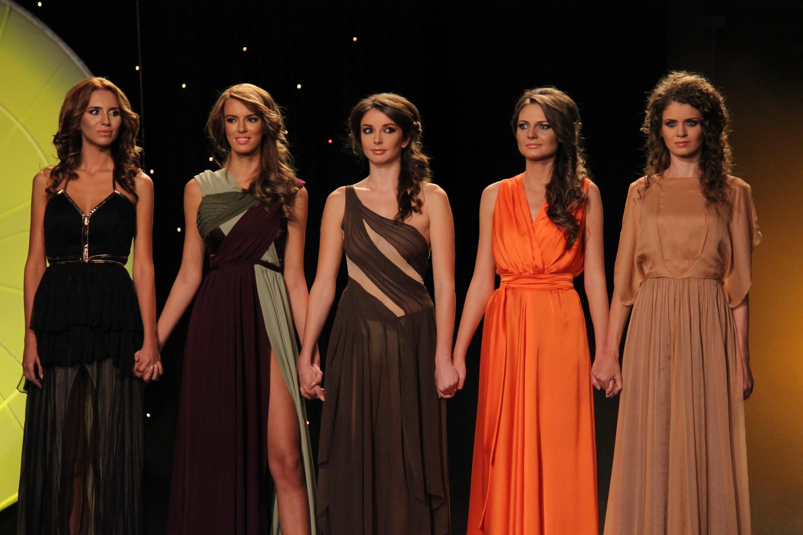 Tanara in 2013 la Miss Univers Romania